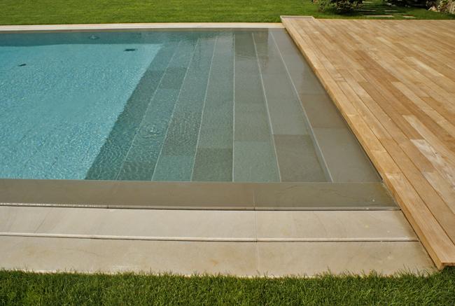 Piscine coperte e scoperte bauen - Gradini per piscine ...